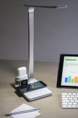 produktvorstellung-tischlampe-von-terratec-mit-induktivem-ladepad-fuer-smartphone-airpods-und-apple-watch-16311.jpg